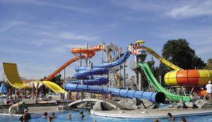 Zwembad met glijbanen in Slovenië in bijzonder groot aquapark!