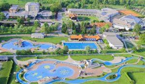 Prachtig waterpark in Slovenië op camping met vele glijbanen en zwembaden.
