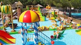 Zwembaden voor het hele gezin op camping Côte d´Azur