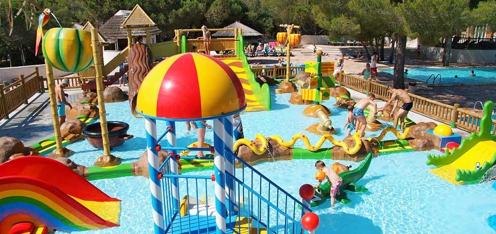 Camping aan de c te d 39 azur met zwembad zwembadvakanties for Camping a frejus avec piscine