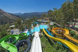 Tropisch zwembad bij hotel in Kreta
