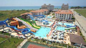 Aqua Resort & Spa hotel in Turkije met veel glijbanen