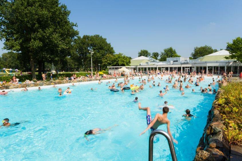 Camping Nederland met groot zwembad