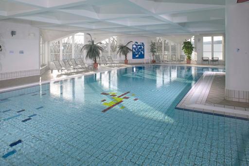 Wintersport in Duitsland met zwembadresort