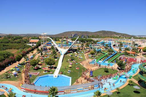 Spetterend waterpark in de buurt van Albufeira