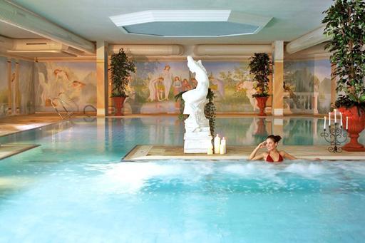 Wintersport in Tirol met gezin met zwembad