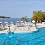 Zwemmen aan de Kroatische kust op schitterende camping