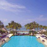 Luxe hotel op Bali met grote zwembaden