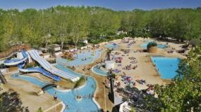 Sfeervolle familiecamping in Frankrijk met mooi zwembad