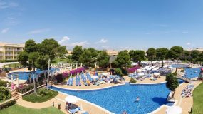 Adults only zwembaden bij leuk familiehotel in Mallorca