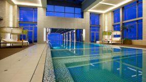 Zwembaden met doorzichtige bodems in Shanghai