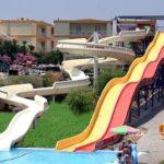 Te gek waterpark in uitgaansgebied in Griekenland