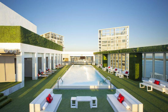 Hotel in Miami met mega zwembad