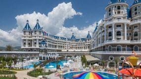 Prachtig zwembadparadijs voor kids bij hotel in Turkije