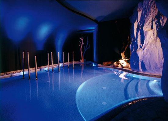 Wintersport in Italië met zwembad