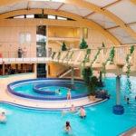 Wintersport met subtropisch zwembad in Duitsland