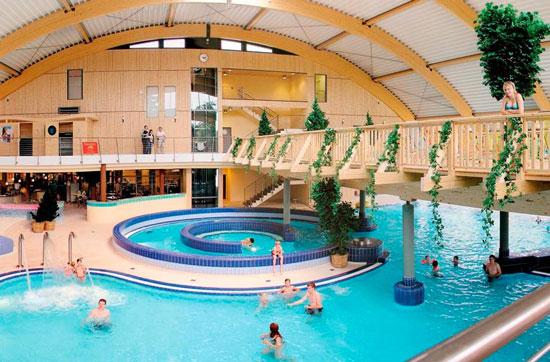 Wintersport met groot zwembad in Duitsland