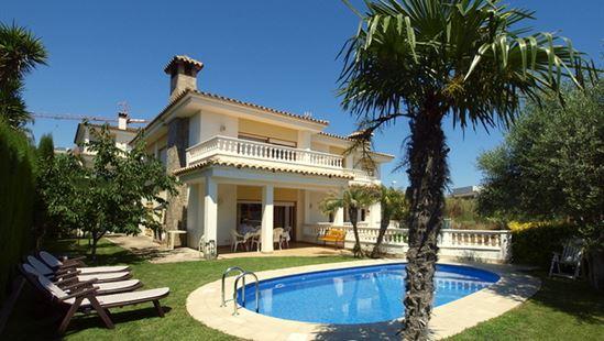 Super vakantie in grote villa met zwembad in Lloret