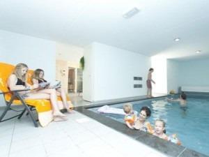 Vakantiewoning in Nederland met privé-zwembad