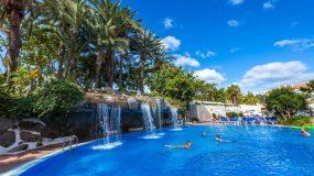 Mooi hotel met prachtig zwembad op het mooie Tenerife