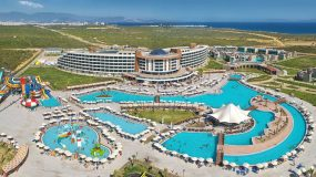 Geniet van je vakantie in een luxe resort aan de Turkse kust