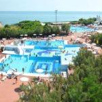 Prachtig gelegen camping met 6 zwembaden aan de Italiaanse kust