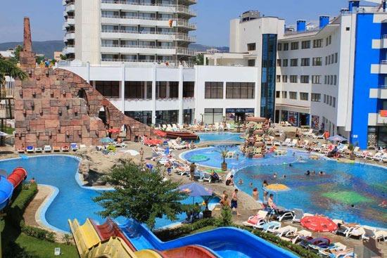 Leuk waterpark bij hotel in Bulgarije