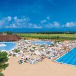 Zonnige Italiaanse camping aan de Toscaanse kust
