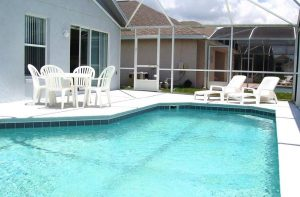 Privé-zwembad bij je Amerikaanse villa in Kissimmee, dicbtbij Orlando.
