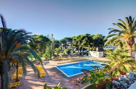 All-inclusive resort Ibiza met zwembad