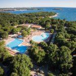 Camping Kroatië met zwembaden en aan strand, ook 25-meter-zwembad