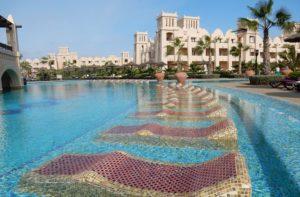 Luxe zwembaden bij dit hotel in Kaapverdië
