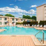 Luxe hotel in New York met een verfrissend buitenzwembad