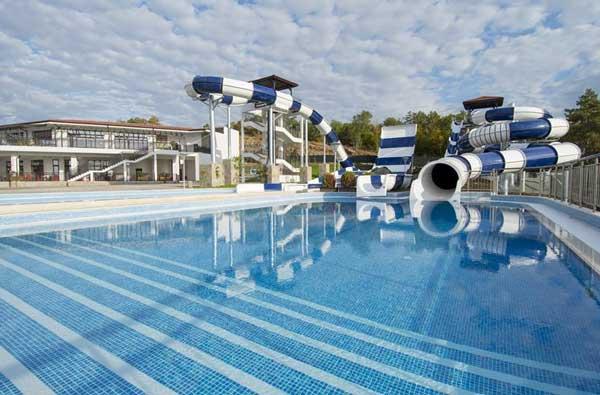 All-inclusive-hotel met meerdere zwembaden op Sunny Beach, Bulgarije