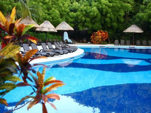 Groot rustig zwembad én een aqupark bij dit grote hotel in Mexico