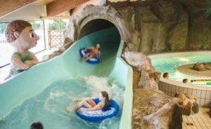 Veel waterglijbanen bij dit vakantiepark in Duitsland