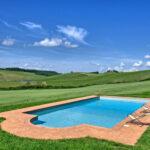 Toscaanse vakantievilla met panoramisch gelegen zwembad