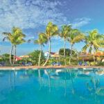 Verblijf in luxe viersterrenhotel aan het strand met zwembad