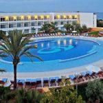 All-inclusive genieten in een geweldig resort aan het strand van Ibiza