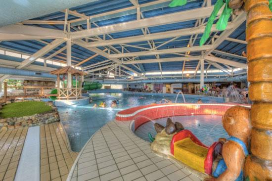 Leuk vakantiepark met groot binnenbad in Limburg