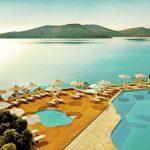 Resort met mooi zwembad aan de kust van Kreta (16+)