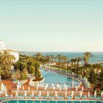 Genieten onder de Turkse zon vanuit top resort aan het strand