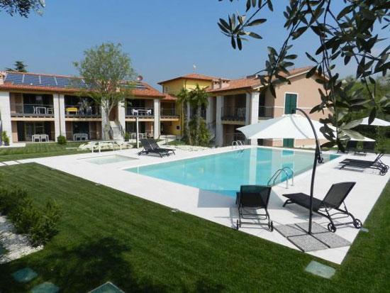 Appartement Gardameer met zwembad