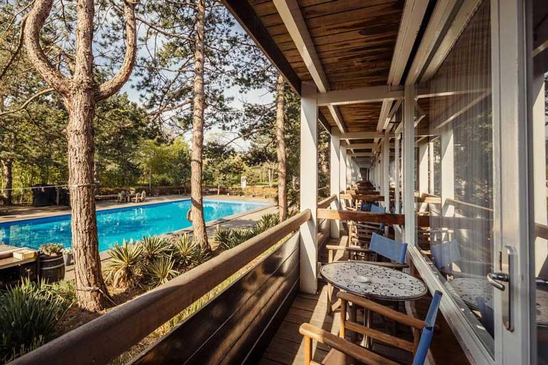 Badhotel Rockanje met buitenzwembad