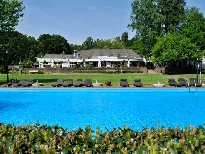 21 Hotels met buitenzwembad in Nederland