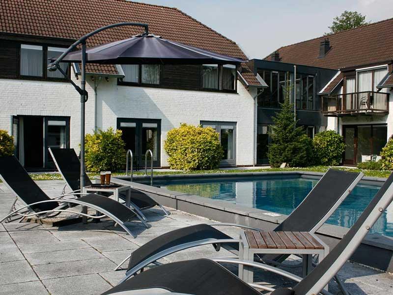Hotel met buitenzwembad Zuid-Holland
