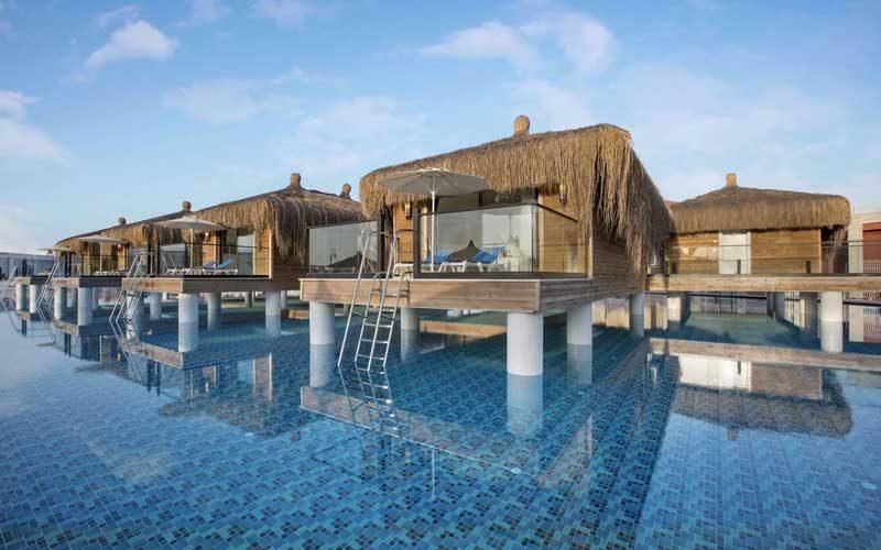 Zwembad-villa's op palen in Turkije