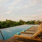 Prachtig hotel op Bali met zwembad op dakterras met panoramisch uitzicht