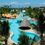 Dit is hét hotel met het grootste zwembad van Kenia