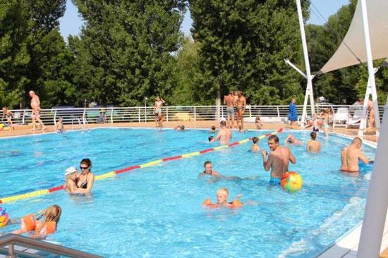Vakantie in Hongarije met zwembad